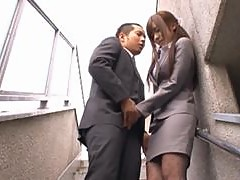 Office Babe Yuu Asakura Giving Head