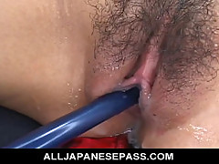 No Sound: Yukina Ishikawas trimmed pussy is filled with vibrators until she cums